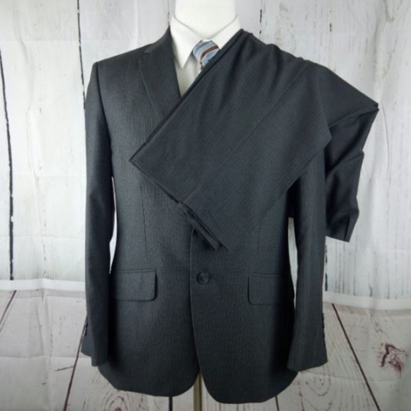 Haggar Other - Haggar 42S Gray Pinstripe 2pc Suit Tailored Fit